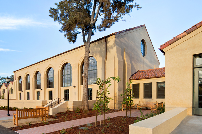 Stanford__0002_Roble-Gym-5004