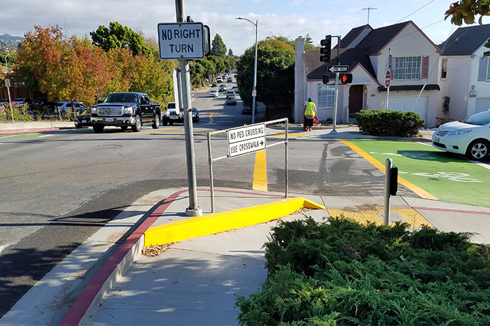 a1_sizing_transportation_Elm Street Improvements_Pedestrian Signage