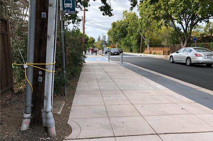 a1_sizing_transportation_Palo Alto Bike Blvd_sidewalk_long_view
