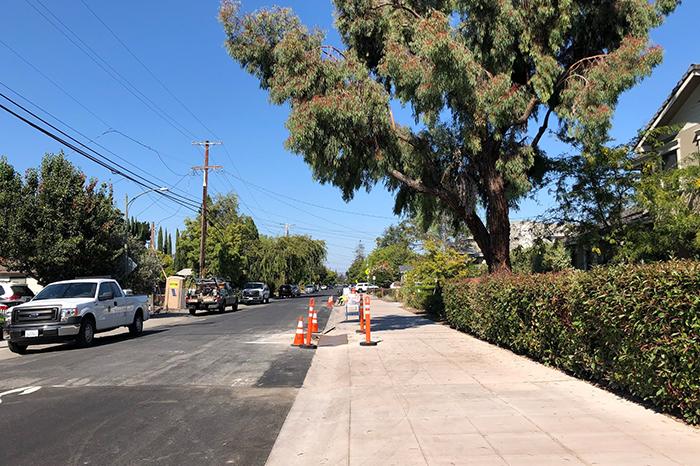 a1_sizing_transportation_Palo Alto Bike Blvd_street_sidewalk