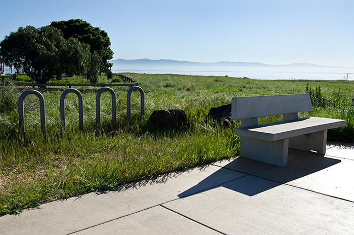 1_sizing_Civic_City of East Palo Alto_Cooley Park_Bench