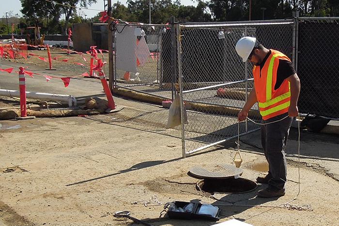 Stormwater- Stanford University Welch Road QSP-StormwaterTesting.LiftedManhole